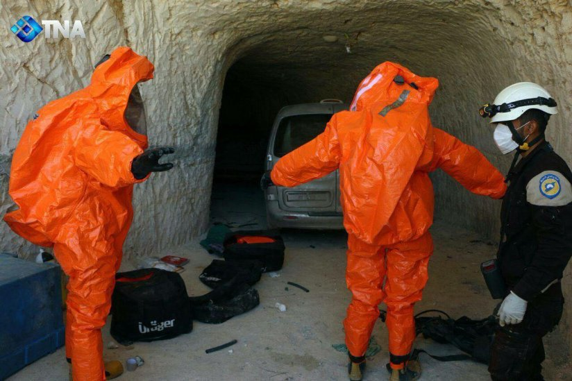 Khan_Sheikhoun-W_Helmets_receive_hazmat_suits-1_month-b4